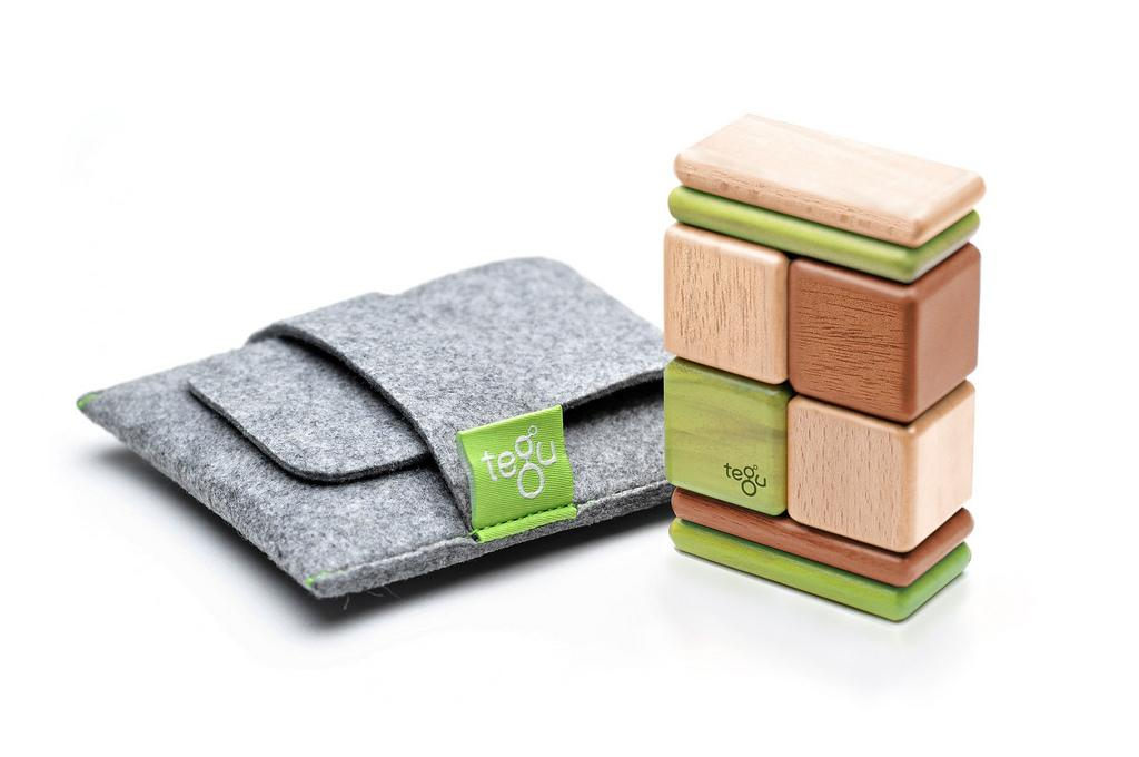Discontinued Tegu On the Go Original Pocket Pouch Set Jungle