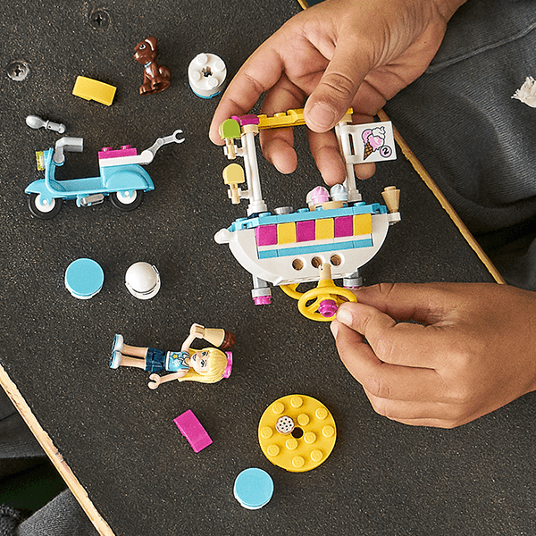 LEGO® Friends 41389 Ice Cream Cart