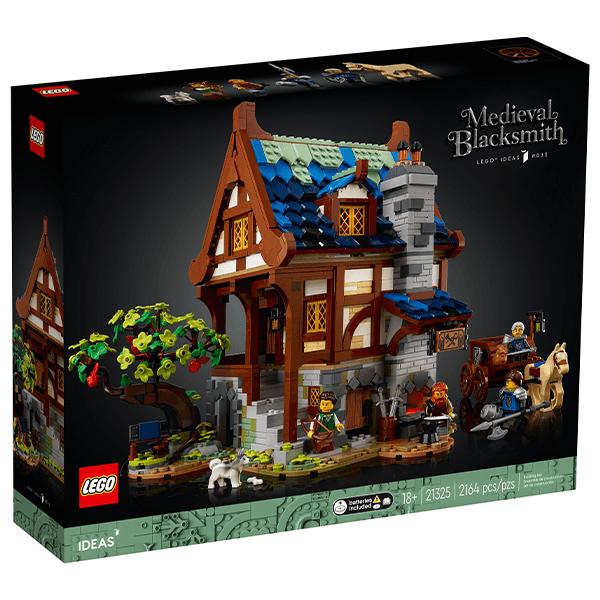 LEGO® Ideas 21325 Medieval Blacksmith